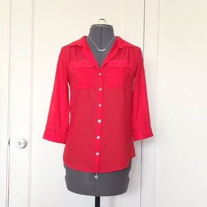 H&M scarlet red button down tab sleeve blouse